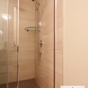 34 Auberry, Moncton NB: Ensuite custom shower